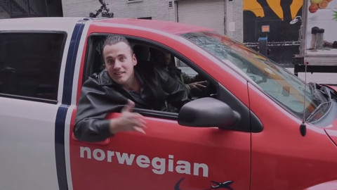 CCN_1920_1080pix__0015_Screenshot-video-Norwegian-Red-Cab.jpg