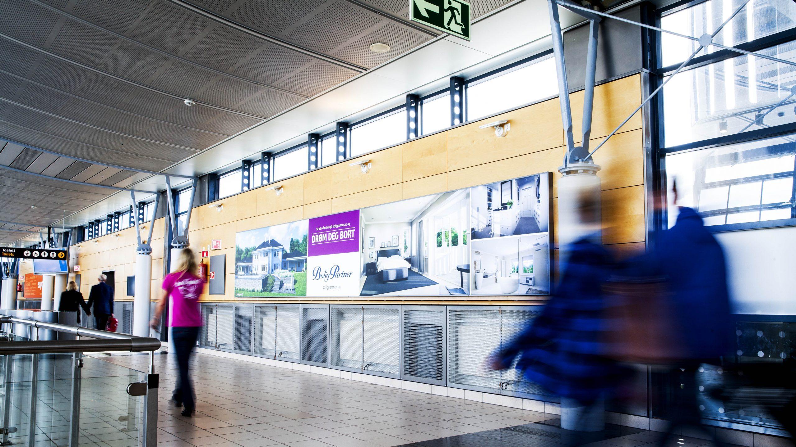 premium-big-board-ii-domestic-departure.jpg