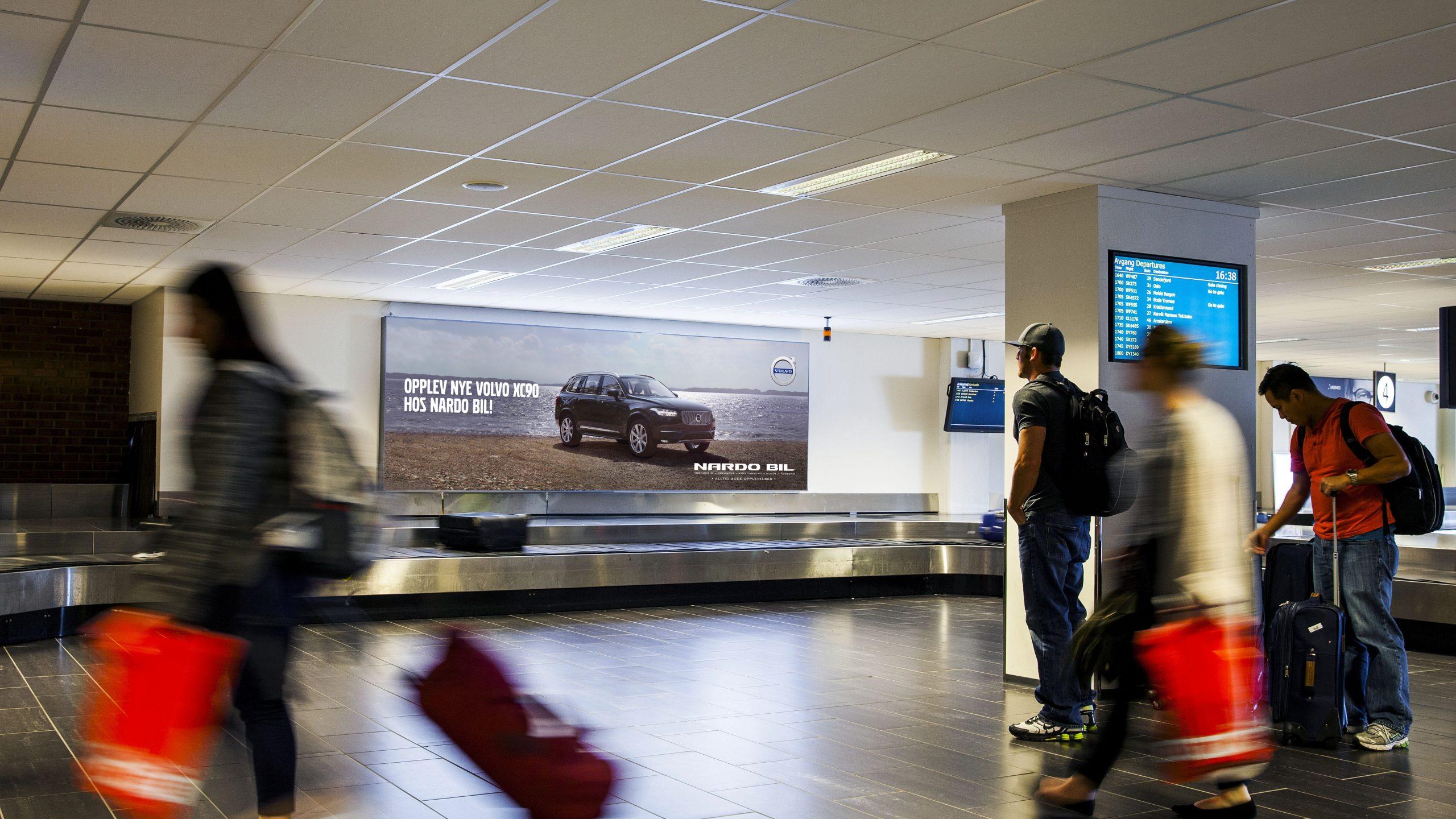 big-board-international-arrival.jpg