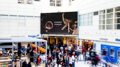 chanel-big-screen-bgo-flesland.jpg