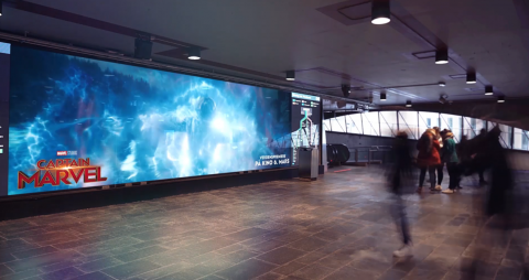 storskjerm-pa-metroen.png